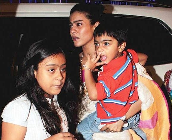 Kajol with Nysa and Yug