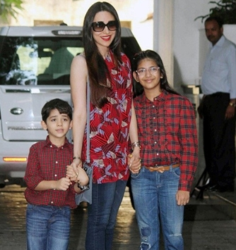 Karishma Kapoor with Kiaan and Sameira
