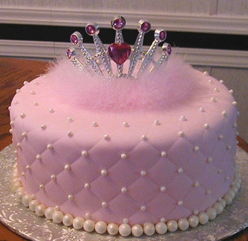 And for the little Princesses this crowning cake