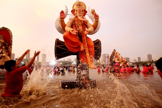 In the year 2010, in Vishakhapatnam, two Ganpati Idols measuring at 76ft were doused with hoses as it was too big to be immersed during the Visarjan time
